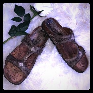 Earth Couture slip on Sandal